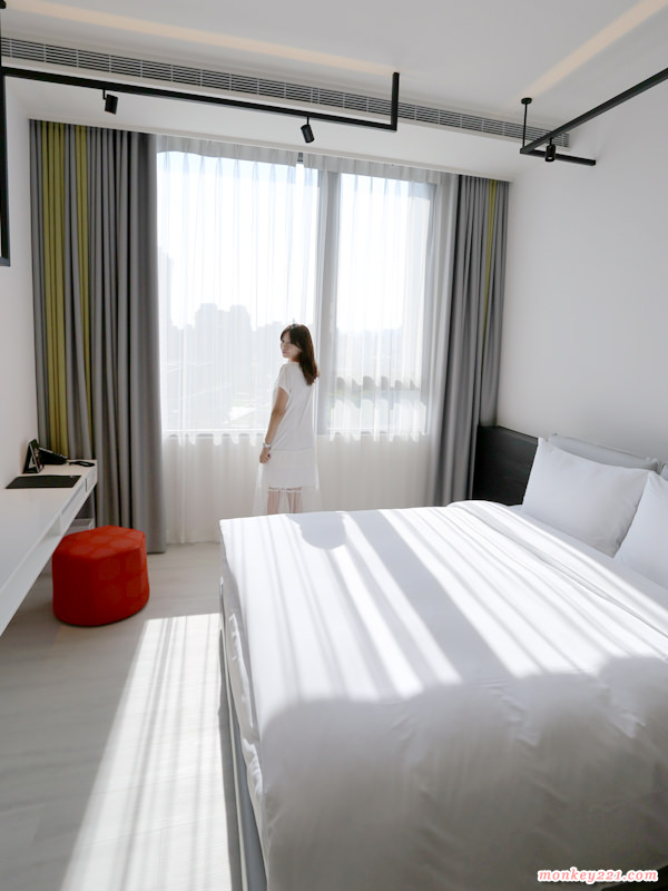 ★台中★大毅老爺行旅家庭客房,白色系風格旅店、平價舒適