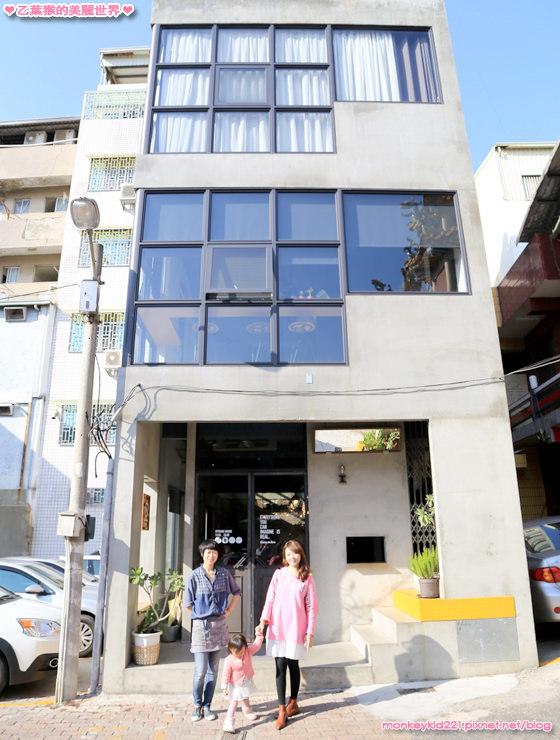 ★台南★果核抵家咖啡旅宿,超人氣甜點泡泡沃夫、好文藝的住宿空間